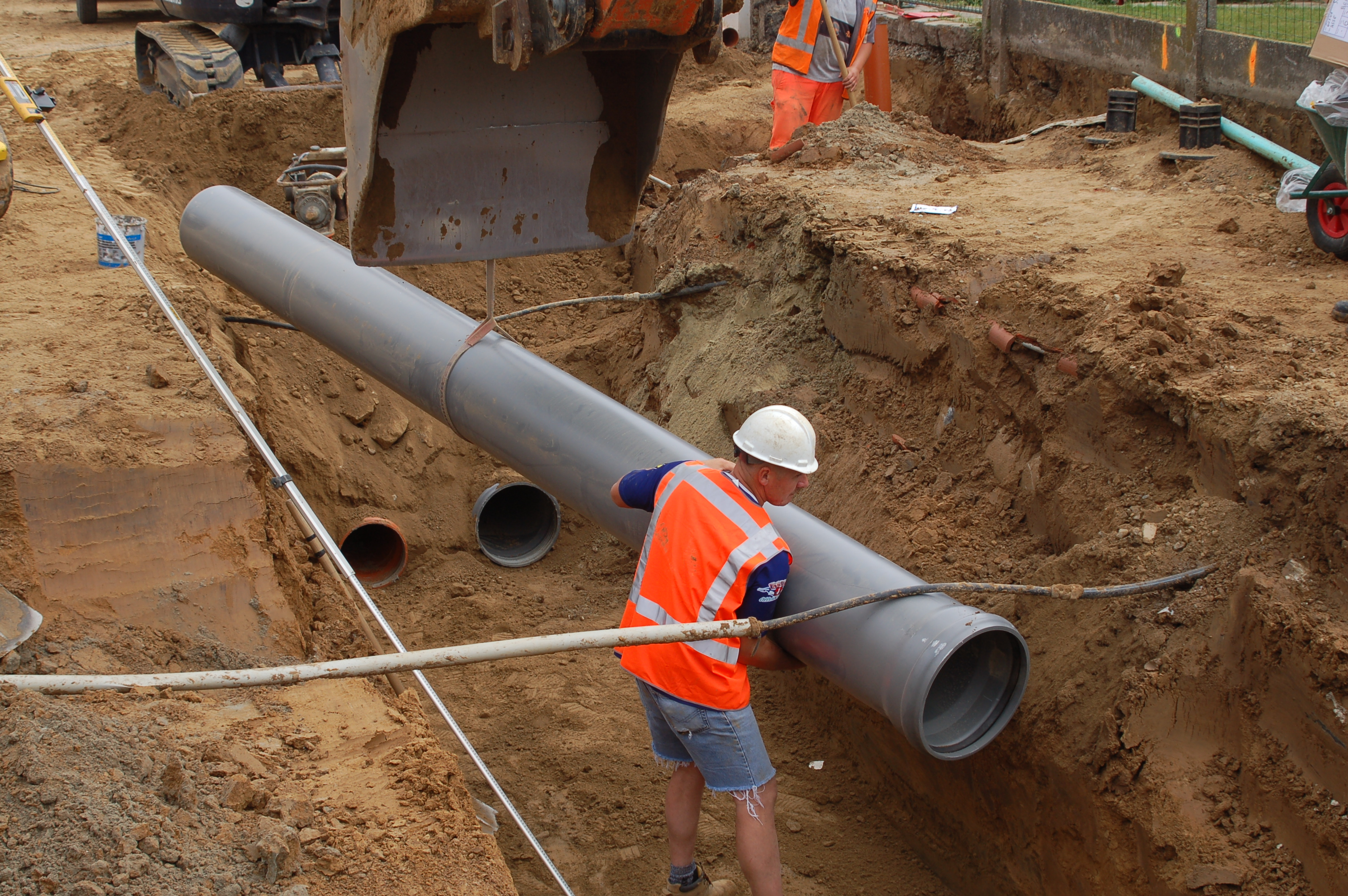 Traditional choice of materials delays sewerage expansion